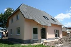 Anturis-Einfamilienhaus-mit-Einliegerwohnung